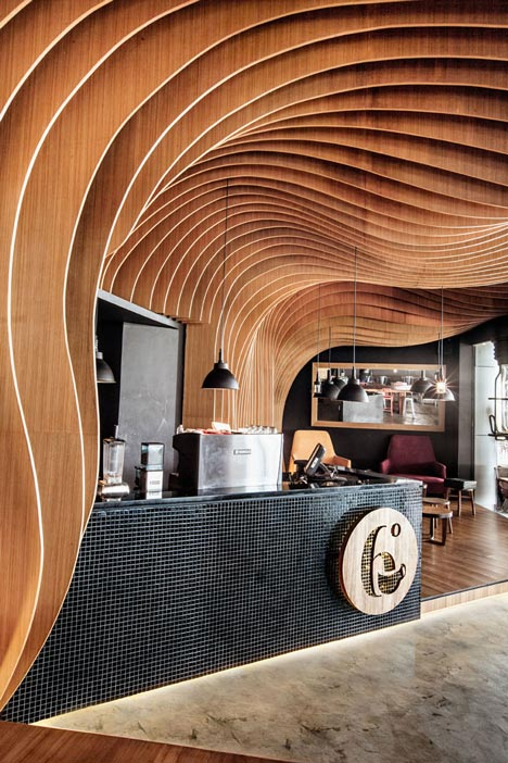 6-Degrees-Cafe-in-Indonesia-by-OOZN-Design_dezeen_4